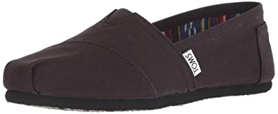 cd4b8fb86 Amazon.com | TOMS Women's Seasonal Classics Flat | Shoes