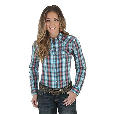 1b43308c238 Wrangler LW001RA Women's Western Fashion Shirt at Amazon Women's Clothing  store: