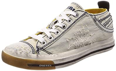 a6bed8e5f9 Amazon.com: Diesel Women's Magnete Exposure Iv Low W-Sneakers: Shoes