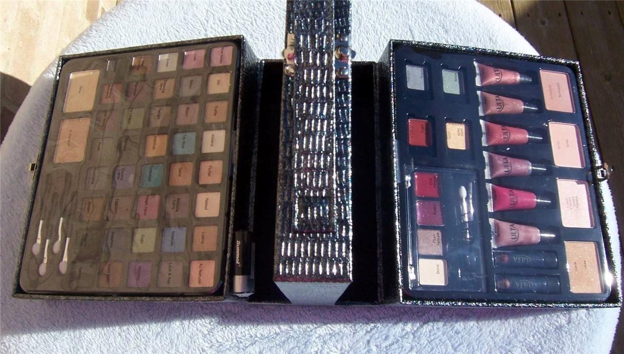 amazon com ulta starry lights 76 piece makeup set with case new