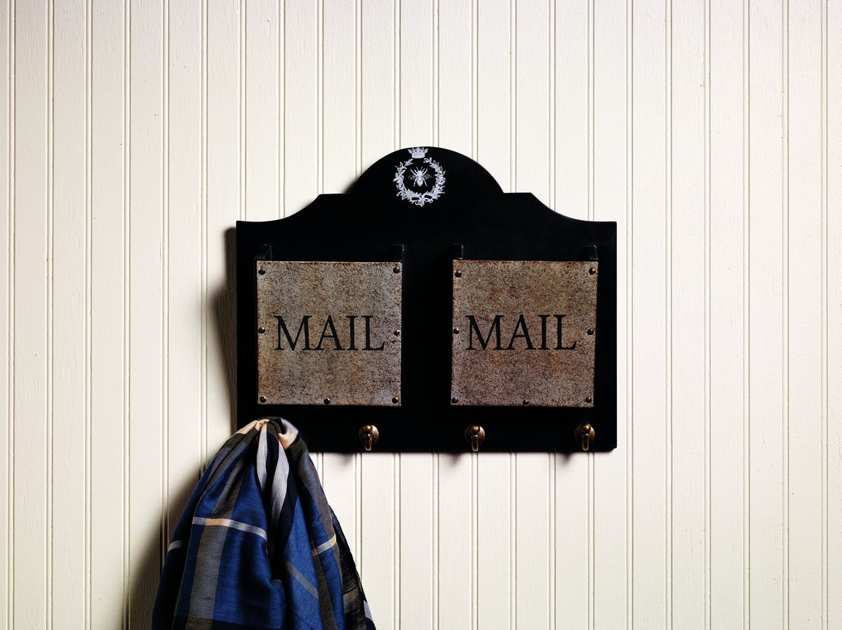 ''Mail'' Two-Pocket Wall Board With Hooks
