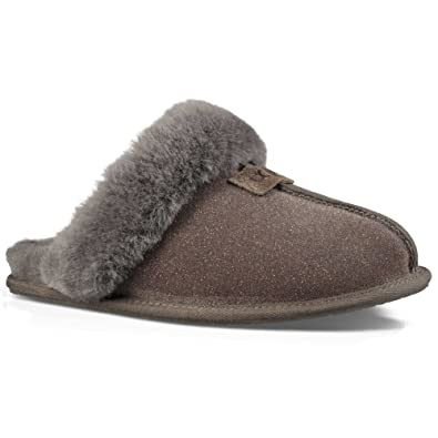 db0d33666fa6 UGG Women s Loafer Flats Grey Size  5.5-6  Amazon.co.uk  Shoes   Bags
