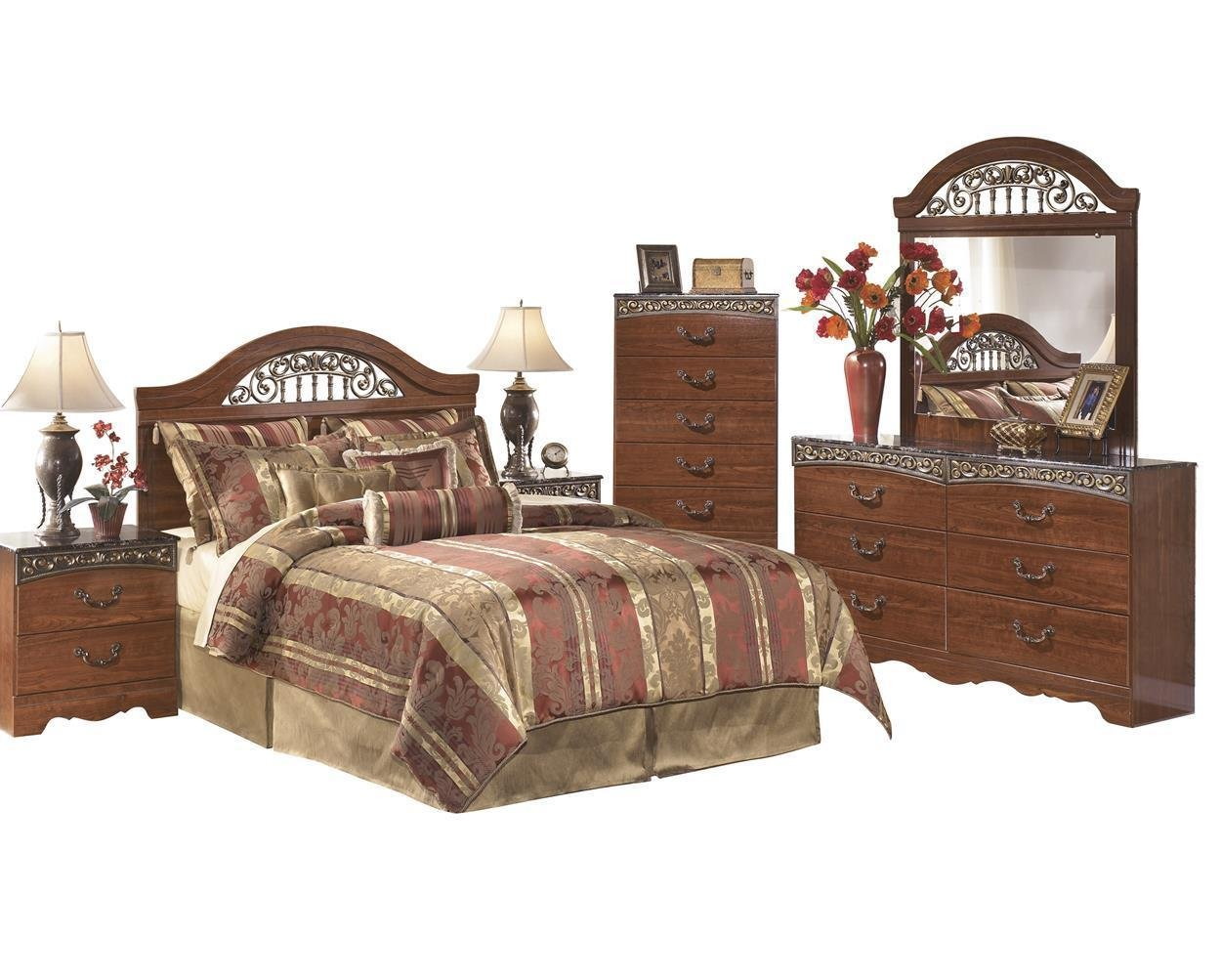 Amazon com ashley fairbrooks estate 6pc queen panel headboard bedroom set with nightstand chest in reddish brown kitchen dining