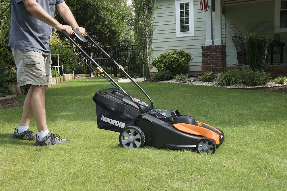 Worx wg744 cordless lawn mower 3 the 17 inches mower includes 2 removable 20v 4; 0ah batteries that delivers 40v power and performance patented intellicut provides additional torque on demand and the ability to conserve battery when desired premium 2 in 1 design that mulches, bags and rear discharges and includes a quick single lever cutting height adjustment.