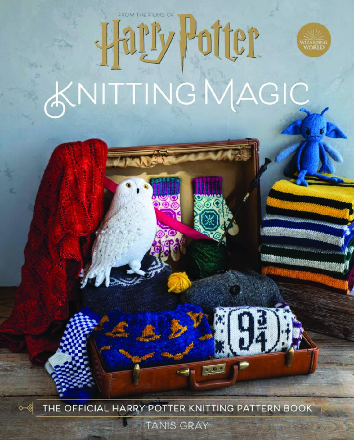 Harry Potter: Knitting Magic: The Official Harry Potter Knitting Pattern Book by Insight Editions