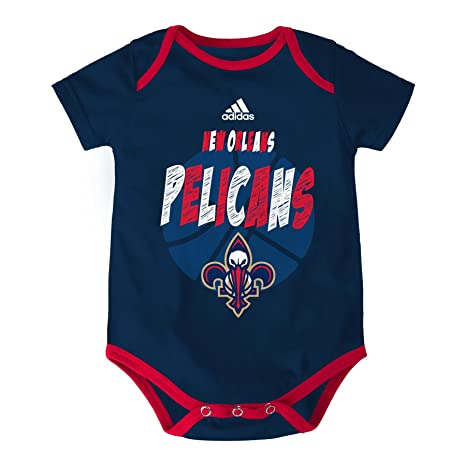 Amazon.com   NBA Infant 3 Point Spread Bodysuit Set   Sports   Outdoors 9082b1ef7