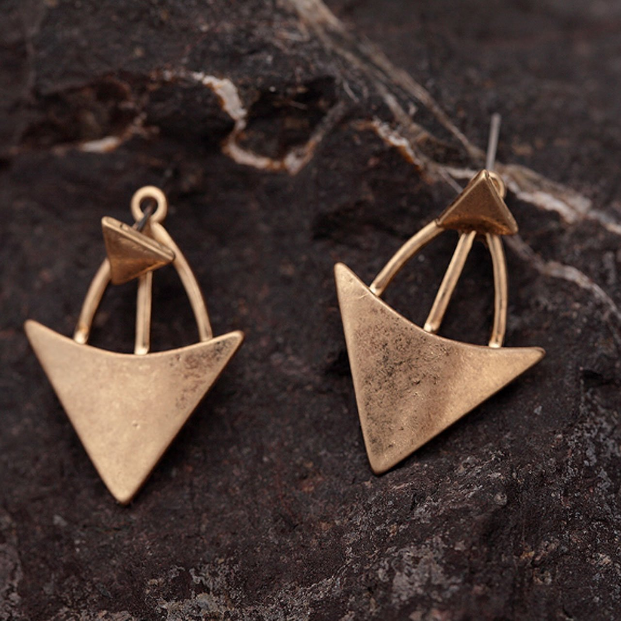 Women Handmade Minimalist Triangle Stud Earrings Gold Plated Alloy Arrow Earrings Jewelry For Party
