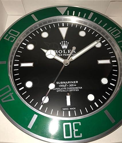 replica Rolex 35 mm de Pared Submariner Abrazadera Verde Metal Movimiento silencioso.