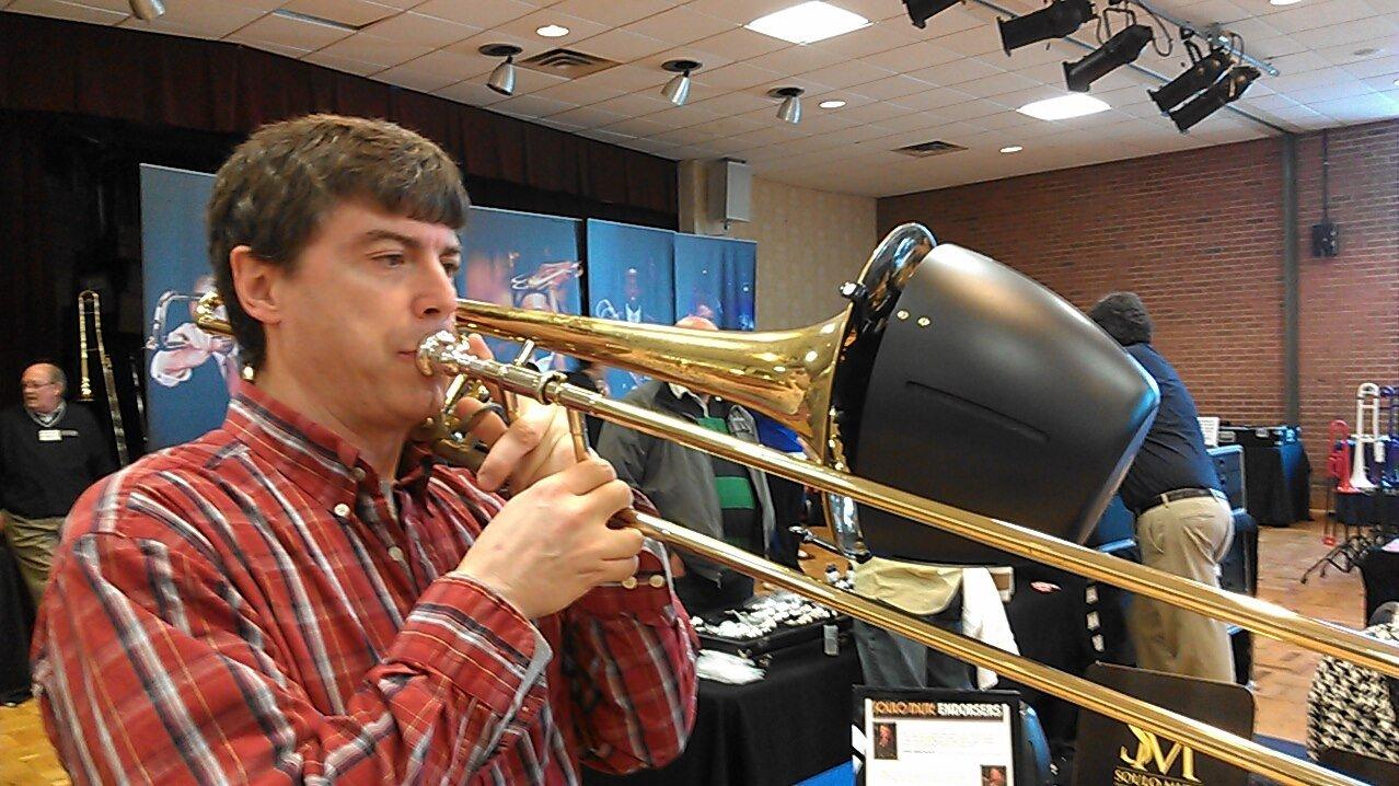 Soulo SM5105 Bass Trombone Bucket Mute, 10.5'' Bell