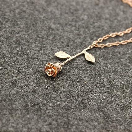 e8e5b7e4946b Yidarton Rose Pendentif Fleur Collier Femme Collier Cadeau de la Saint-Valentin  Anniversaire Cadeau 1