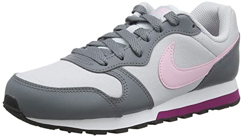 huge discount 378b1 4ea4d Nike MD Runner 2 (GS), Zapatillas de Running para Niños  Amazon.es  Zapatos  y complementos