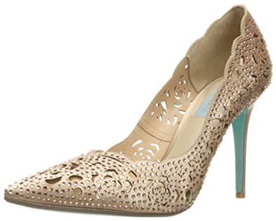 Betsey Johnson Womens SBElsa Fabric Pointed Toe Classic Bordeaux Size 6.5