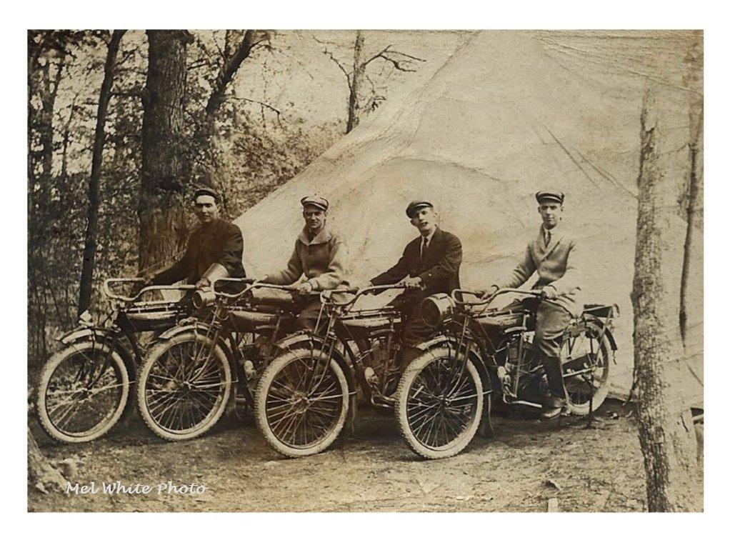 manly men set of 4 Vinage photo greeting cards