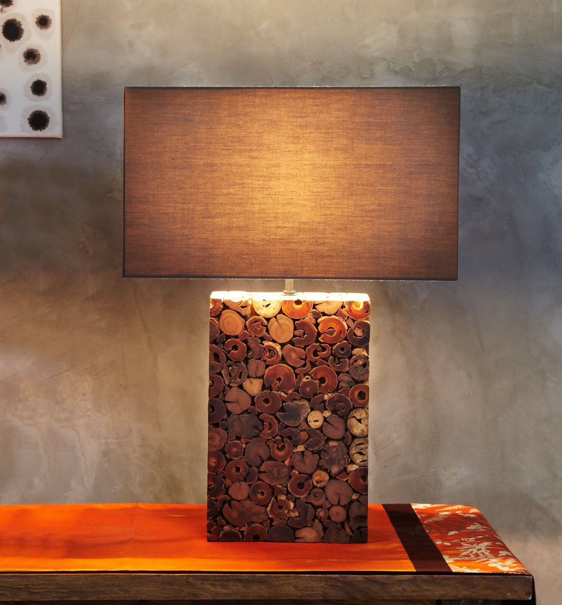 O'THENTIQUE Large Dark Driftwood Mosaic Table Lamp   Handmade Base with Brown Cotton Shade from Reclaimed Driftwood   Coastal Nautical Tropical Design for Beach House Cabin Cottage Bedroom Living