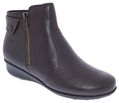 Drew Shoes Athens Women's Therapeutic Diabetic Extra Depth Boot Leather Zipper