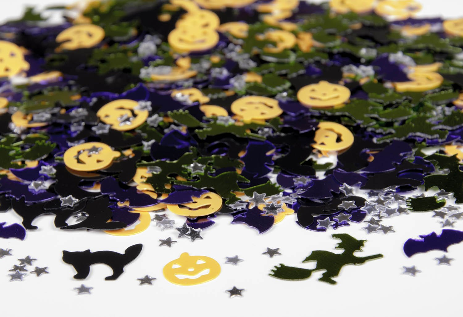 HALLOWEEN NIGHT TABLE CONFETTI Pumpkin Ghost Witch Bats Party Decorations 36702