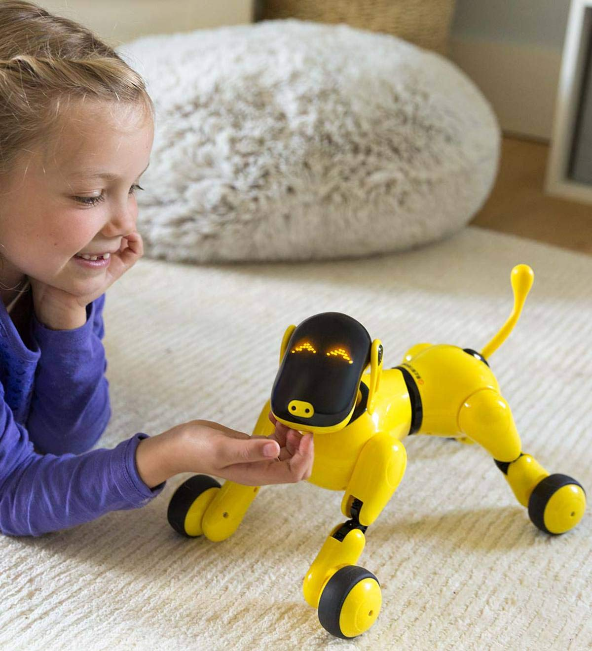 HearthSong Gizmo The Voice Controlled Robotic Dog - Electronic Pet Toy for Kids - 13 L x 5 W x 7'' H, Yellow by HearthSong (Image #1)