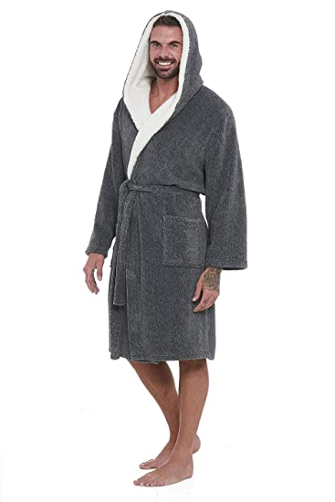 c5bf4af3f2 Super Soft Men Dressing Gown Mens Hooded Robe - Offers a Great Combination  Between Quality and Comfort - Great Gift  Amazon.co.uk  Clothing