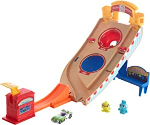Hot Wheels Toy Story 4 Buzz Lightyear Carnival Rescue Playset