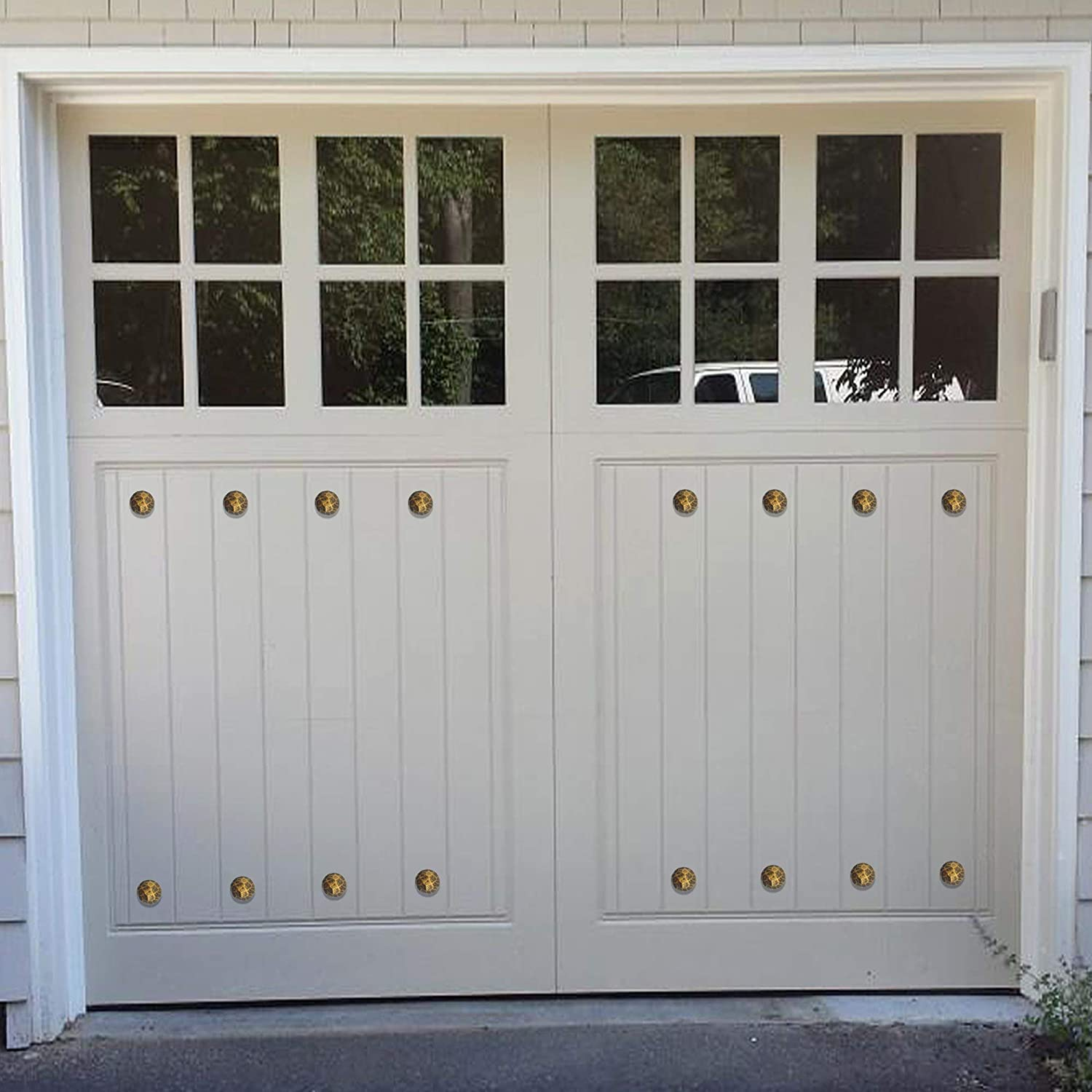 Added Instant Curb Appeal to Your Garage Door Decoration