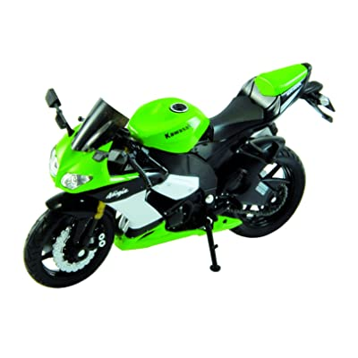 Welly Die Cast Motorcycle Green Kawasaki 2002 Ninja ZX-10R, 1:18 Scale: Toys & Games
