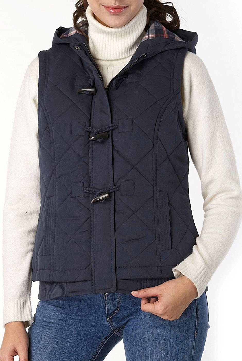 BGSD Women's Quilted Hooded Vest: Clothing