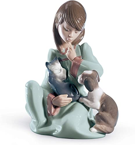 LLADR Cat Nap Girl Figurine. Porcelain Girl Figure.