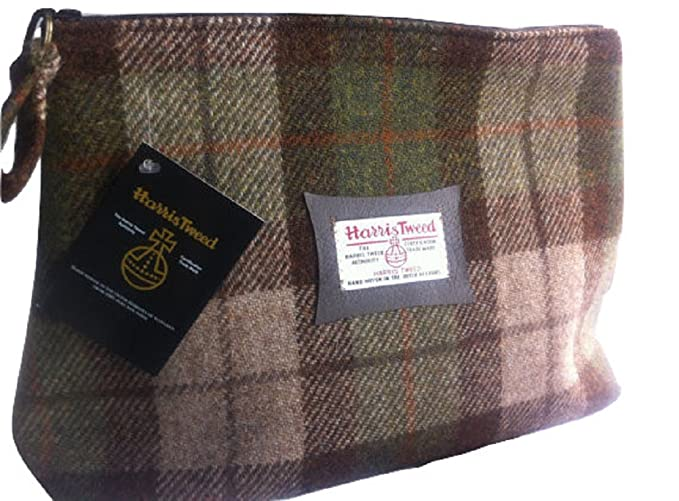 Harris Tweed Mans Wallet Scots Pine plaid design