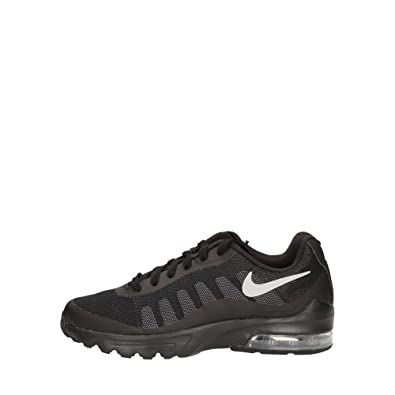 5a2c0432b0e Nike Boys  Air Max Invigor (Gs) Trainers Black  Amazon.co.uk  Shoes   Bags