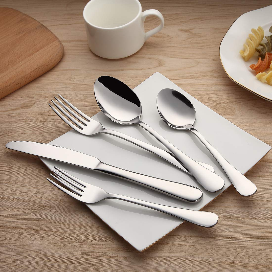 Devico 20-Piece Flatware Set, Stainless Steel Utensil Silverware Metal Cutlery Sets with Forks Spoons Knives, Reusable, Dishwasher Safe, Service for 4
