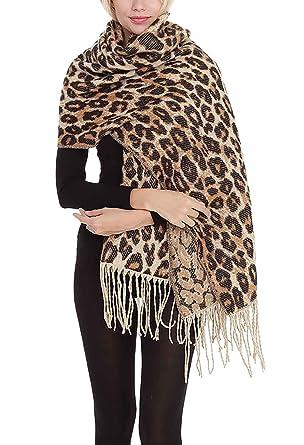 Femme Foulards du Cou Fashion Léopard Imprimer Cape Printemps Automne  Décontracté Elégante Etole Confortable Poncho Spécial Style Étole (Color    Khaki, ... 645602530a1