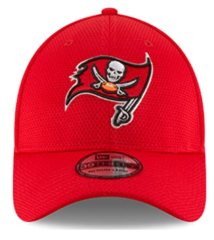Authentic Tampa Bay Buccaneers New Era Red Sideline Tech 39THIRTY Flex Hat  (S M 3f6ccad1d