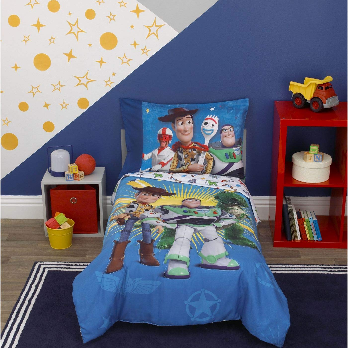 Toy Story 4 Toys in Action Toddler Bedding Set