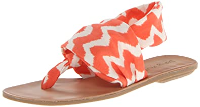 by Chinese Laundry Women's Beebop Flat Sandal