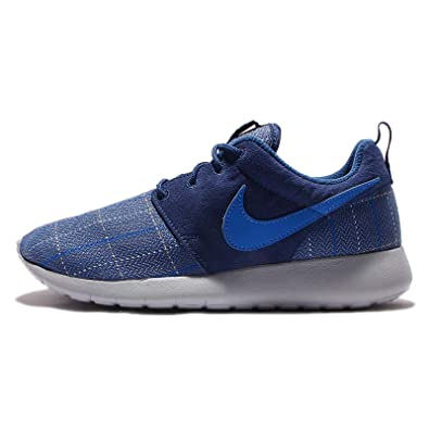 c6392144579c Amazon.com  NIKE Kid s Roshe One SE GS