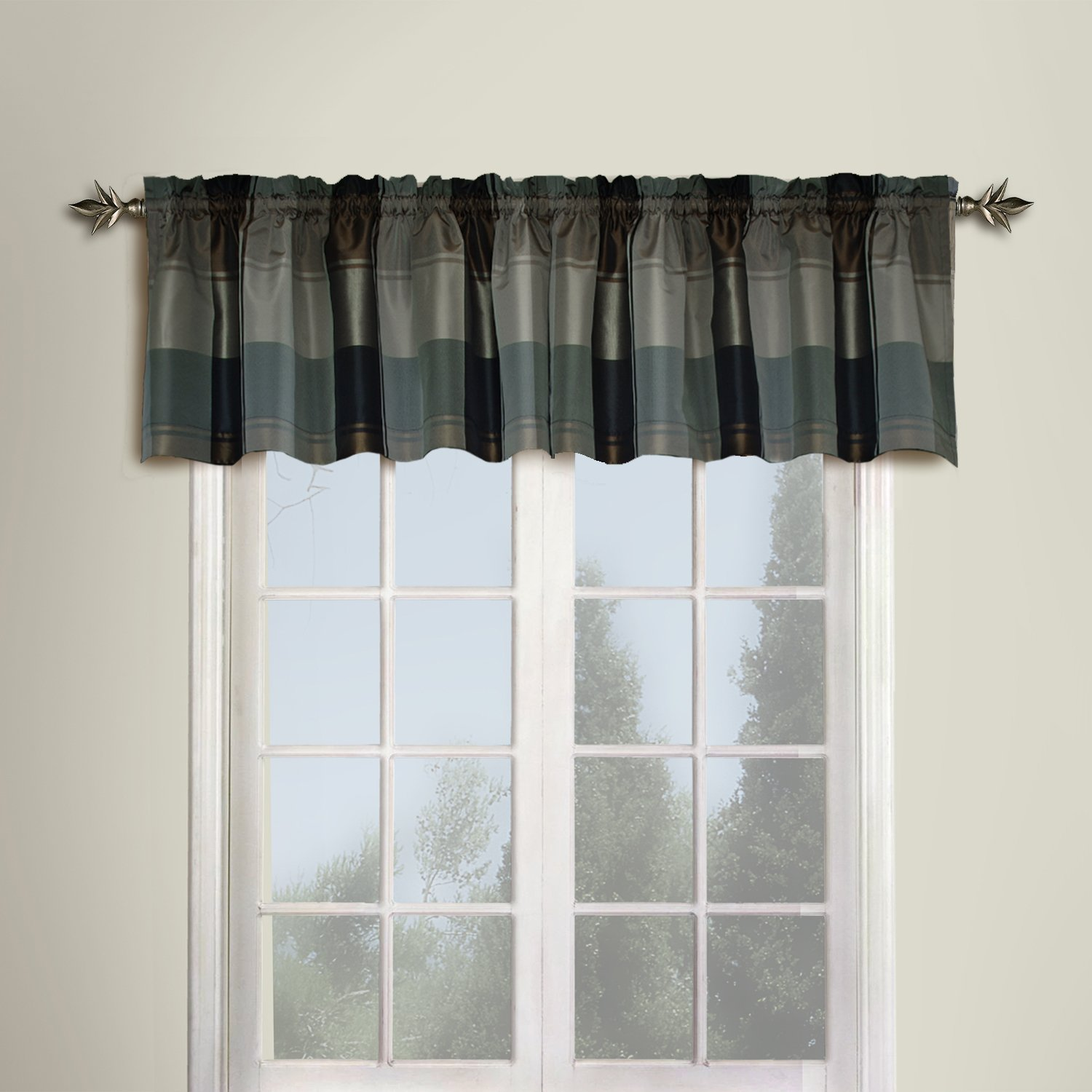 amazon com united curtain plaid straight valance 54 by 18 inch amazon com united curtain plaid straight valance 54 by 18 inch burgundy home kitchen