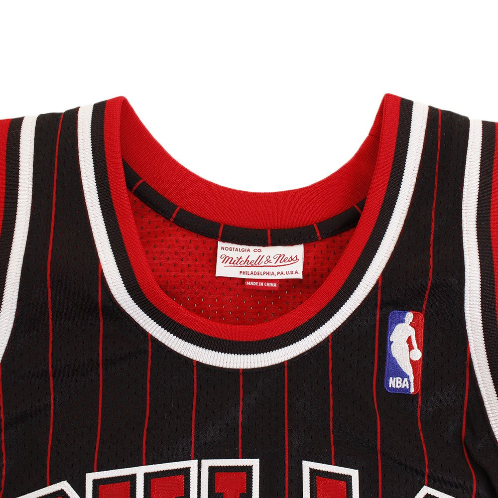 Camiseta de punto de Scottie Pippen Chicago Bulls de Mitchell & Ness de Alternate NBA, 1995, L: Amazon.es: Deportes y aire libre