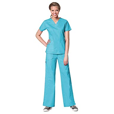 11a396d0bcc Image Unavailable. Image not available for. Color: WonderWink Women's Scrubs  Flex V-Neck Darted Top & Multi Pocket Cargo Pant Set