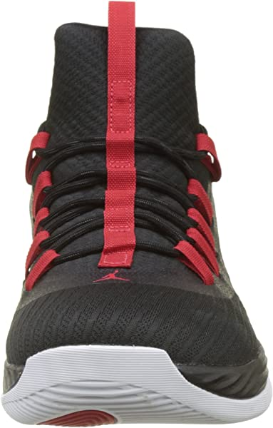 sports shoes b39ce b4454 Nike Herren Jordan Ultra Fly 2 Low Basketballschuhe, Schwarz  (Black university Red