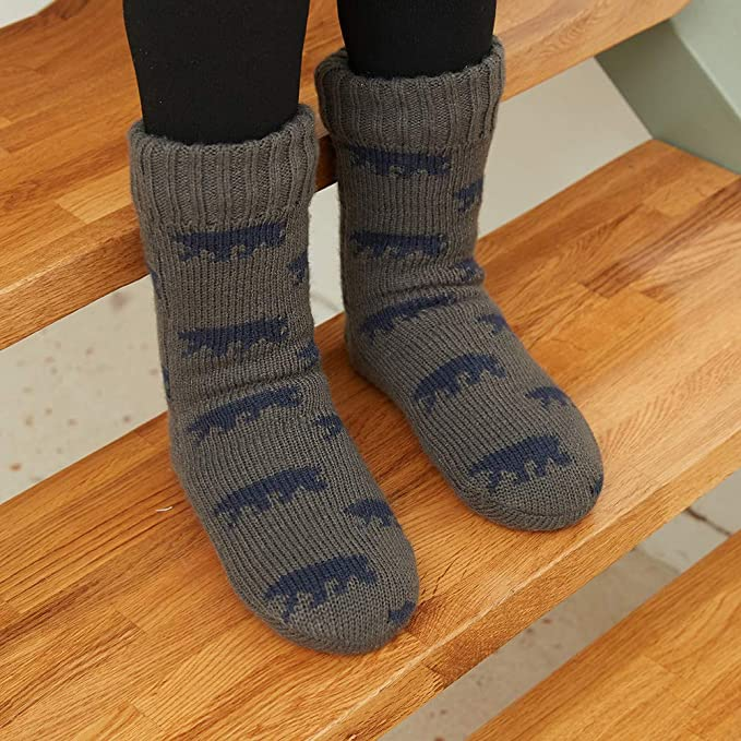 35a521337a33 MaaMgic Mens Fuzzy Slipper Sock Warm Funny Knit Socks with Grips for Men  Women Boys at Amazon Men's Clothing store: