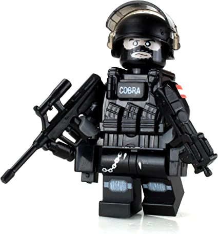 EKO COBRA Austrian Police Tactical Officer made with real LEGO®