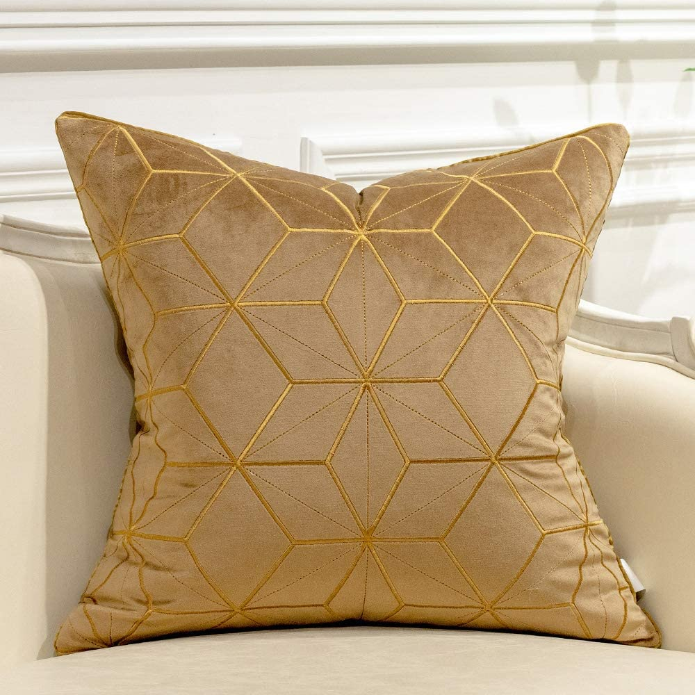 Avigers 18 x 18 Inches Brown Gold Diamond Plaid Cushion Case Luxury European Throw Pillow Cover Decorative Pillow for Couch Living Room Bedroom Car