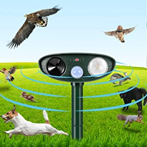 Dog Cat Repellent, Ultrasonic Animal Repellent with Motion Sensor and Flashing Lights Outdoor Solar Powered Waterproof Farm Garden Yard Repellent, Cats, Dogs, Foxes, Birds, Skunks, Rod,Chipmunk,Deer