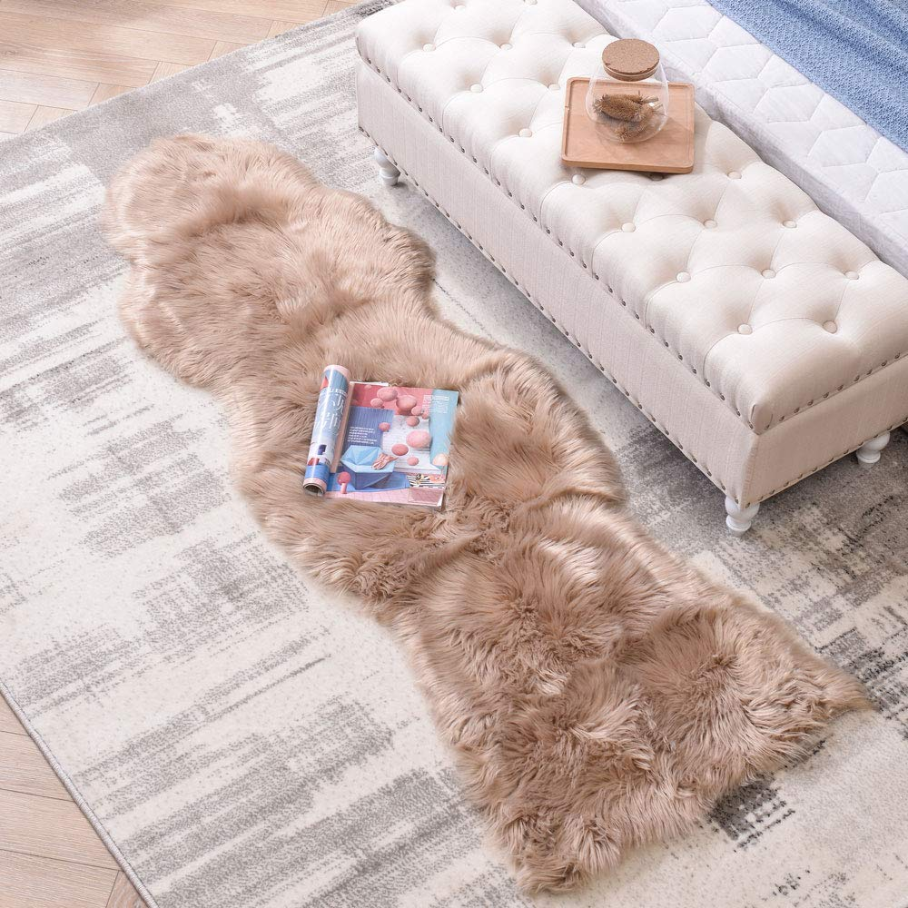 LEEVAN Sheepskin Rug Faux Fur Rug Super Soft Fluffy Chair Cover Seat Shaggy Single Pelt Floor Mat Carpet Accent Home Decor(Coffee,2' x 6')