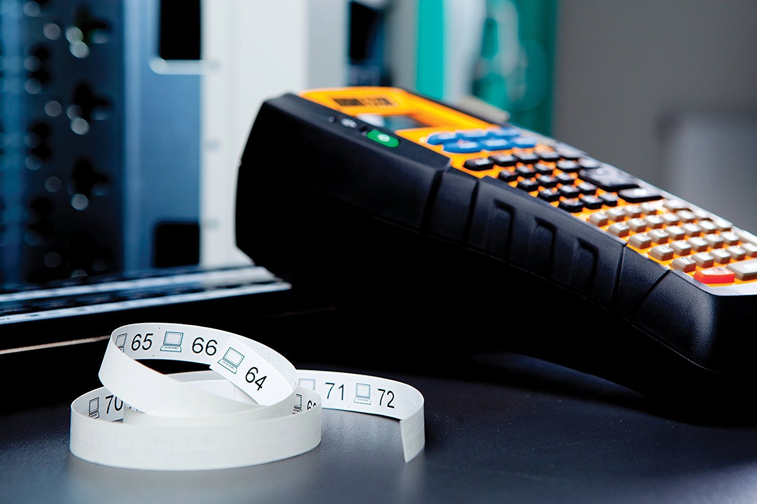 Dymo Industrial Rhino 5200 Label Maker 1755749 Office Home Brady Bmp21 Hand Held Printer Electrical Kit Products