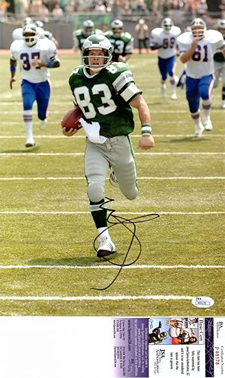 Mark Wahlberg Autographed Signed 10x13 INVINCIBLE Photo as Vince Papale -  JSA Authentic at Amazon s Sports Collectibles Store a72ca6e4507f
