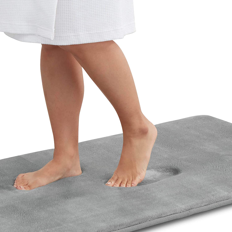 Genteele Memory Foam Bath Mat Non Slip Absorbent Super Cozy Velvet Bathroom Rug Carpet (22 inches X 36 inches, Gray)