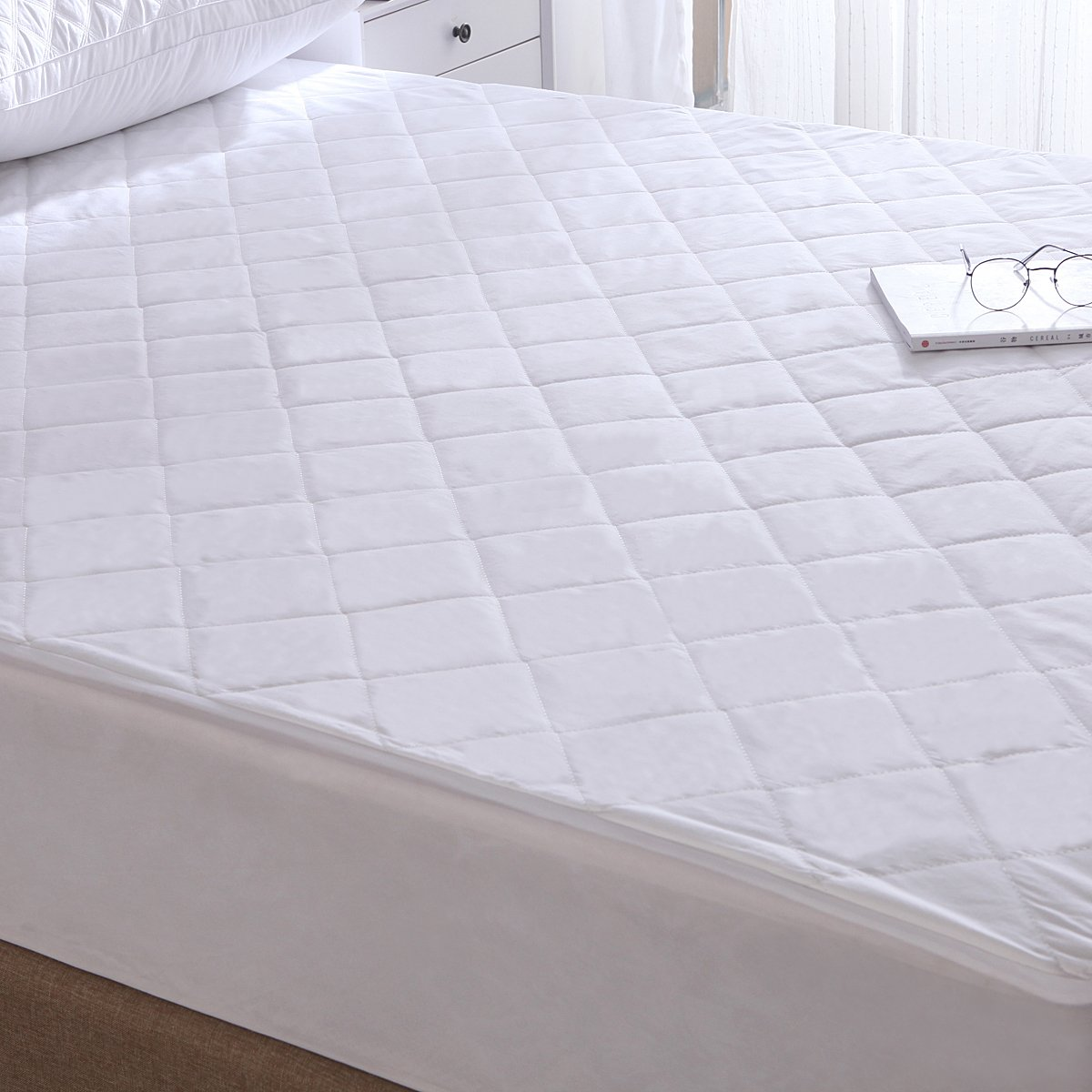 Exclusivo Mezcla 100% Cotton Quilted Bed Cover Fitted Twin Size Mattress Protector/Cover(39'' x 75'')- Waterproof, Noiseless& Hypoallergenic by Exclusivo Mezcla (Image #3)