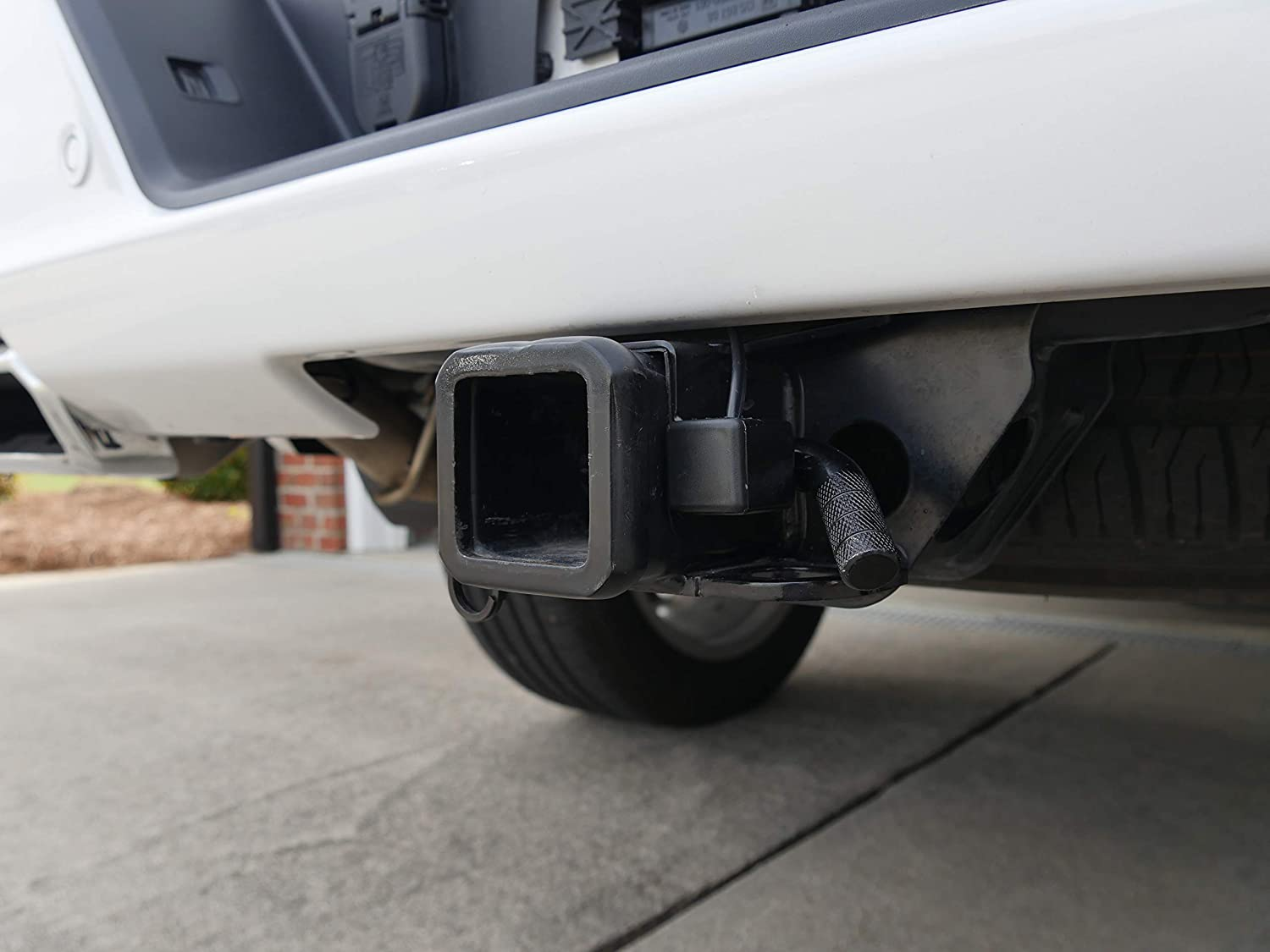 2020 GMC Sierra Trucks with Multipro Tailgate Safely Prevents Damage of Tailgate Hitting Hitch GMC 1500 Auto Engage Splitgate Override Switch Tailgate Fix for 2019