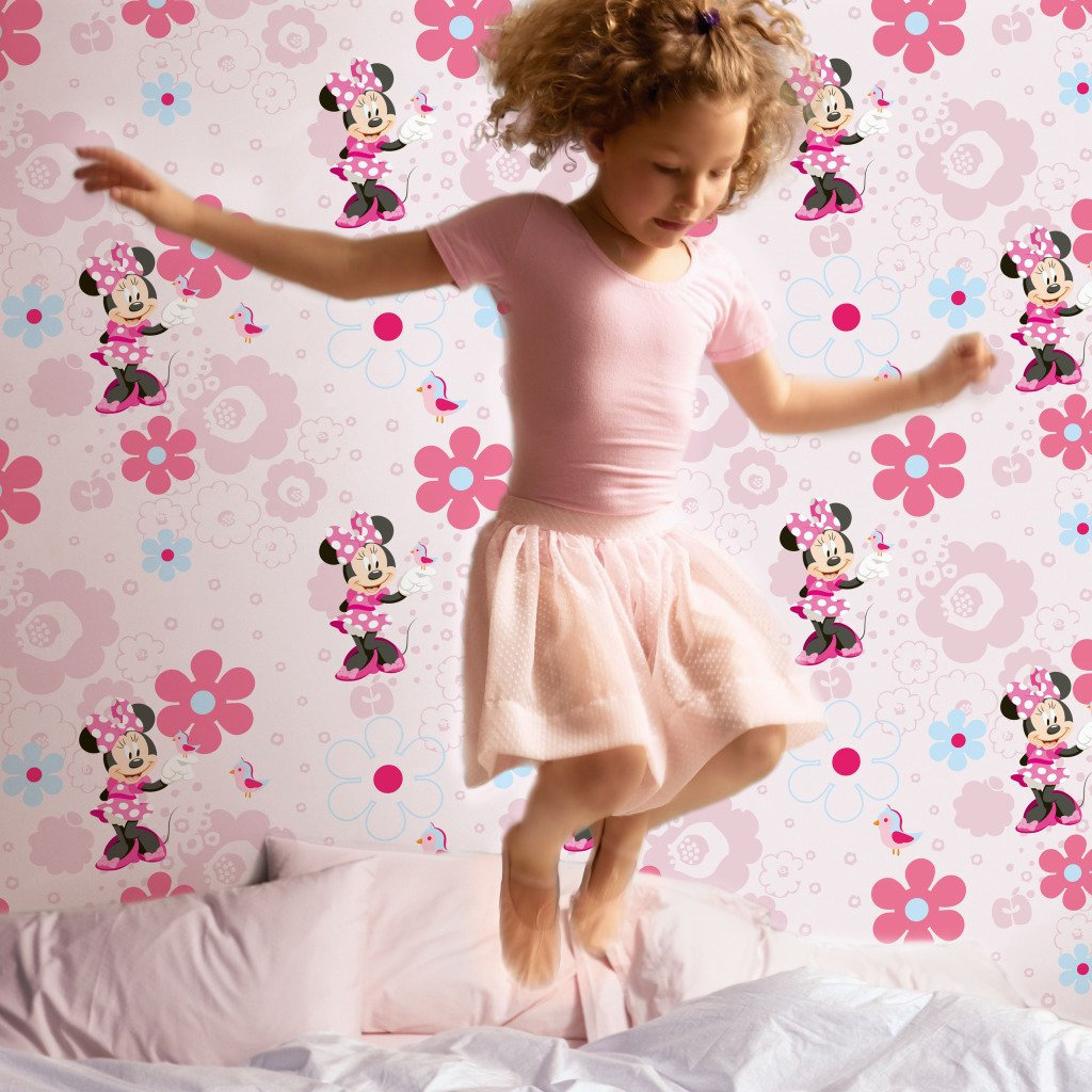 Minnie Mouse Wallpaper For Bedroom Minnies Spring Walk Wallpaper Amazoncouk Diy Tools